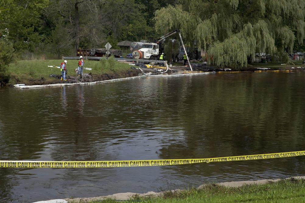 20-enbridge-clean-up-site-kalamazoo-river-mi