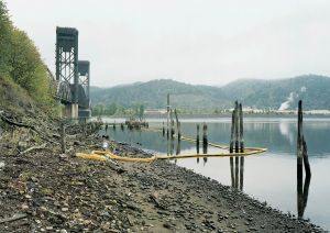 Superfund Cleanup Site Willamette River, Portland, Oregon 2001